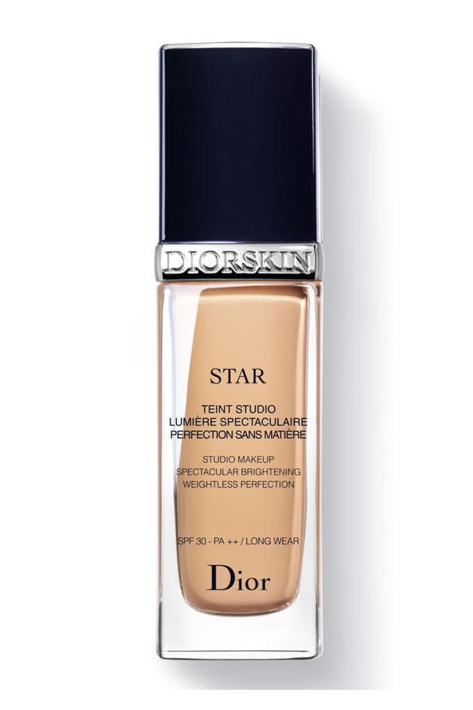 Dior Diorskin Star Fondöten 031 Sand SPF30