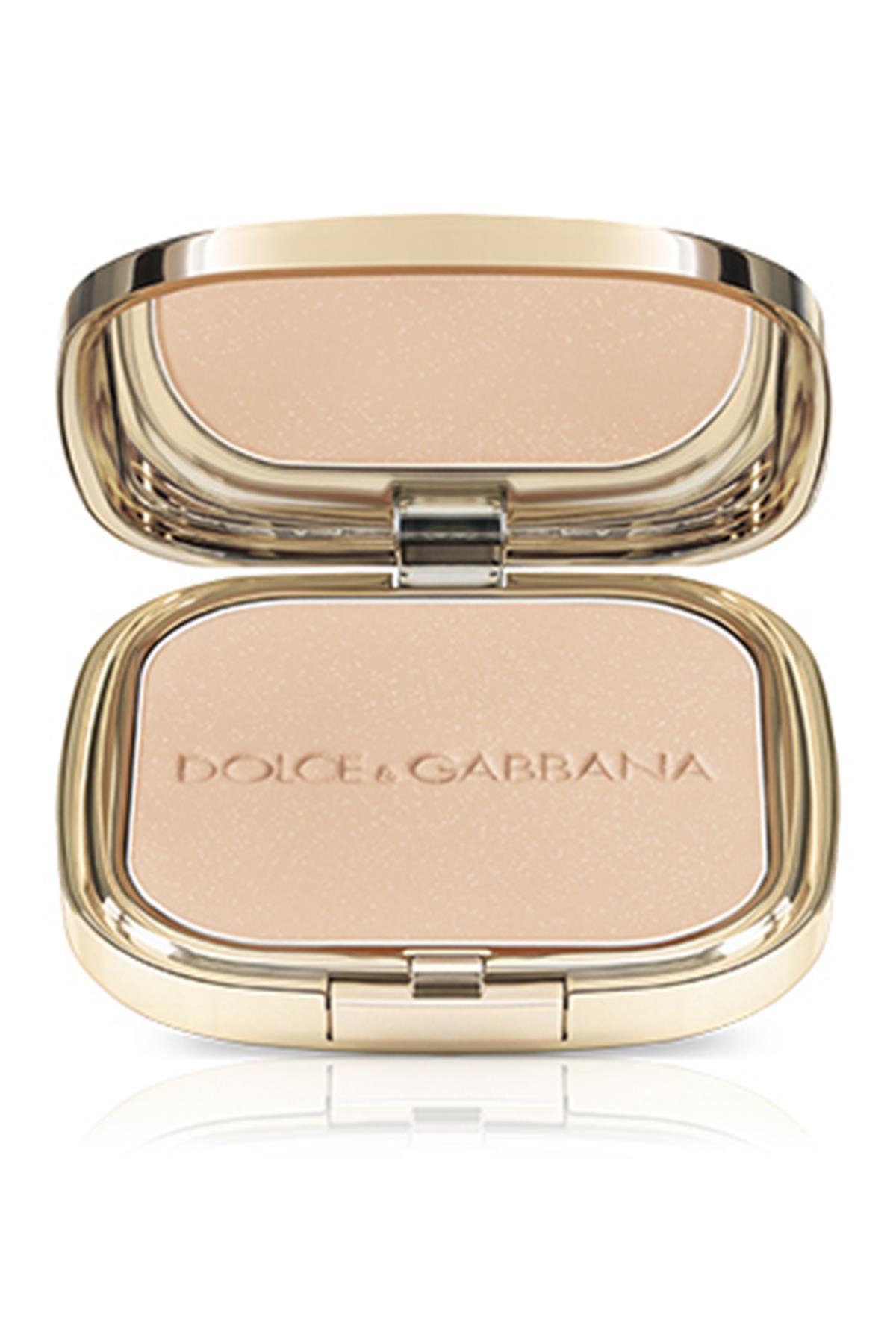 Dolce Gabbana Glow Illuminating Powder 4 Luna Aydınlatıcı Pudra